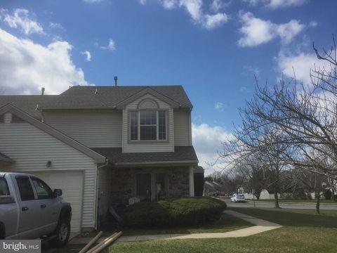 2 Fox Meadow Cir, Sicklerville, NJ 08081. House For Rent