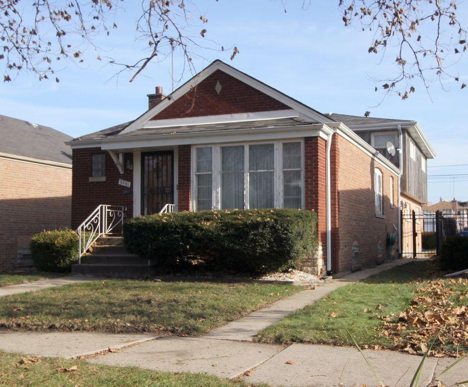 8941 S Dorchester Ave, Chicago, IL 60619