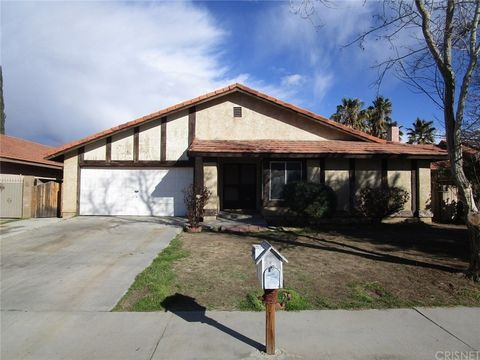 Photo of 44040 Rodin Ave, Lancaster, CA 93535