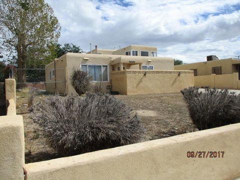208 General Chennault St Ne, Albuquerque, NM 87123