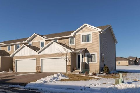 Photo of 5274 Foxfield Dr Nw, Rochester, MN 55901