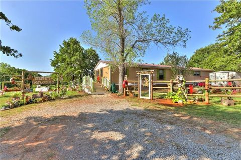 2341 County Road 1323, Blanchard, OK 73010