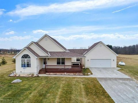 Photo of 5364 Mc Intyre Rd, Clyde, MI 48049