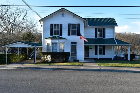 310 W Spring St, Oliver Springs, TN 37840