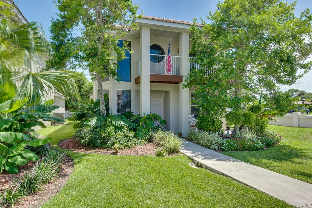 7020 Ridgewood Ave, Cape Canaveral, FL 32920 - realtor.com® on small houses in florida, painting in florida, tools in florida, house plans arkansas, energy in florida, decorating in florida, house plans louisiana, decks in florida, house plans las vegas, house plans utah, home in florida, kit houses in florida, gutters in florida, house floor plans, military in florida, construction in florida, mortgages in florida, plumbing in florida, history in florida, house plans washington,