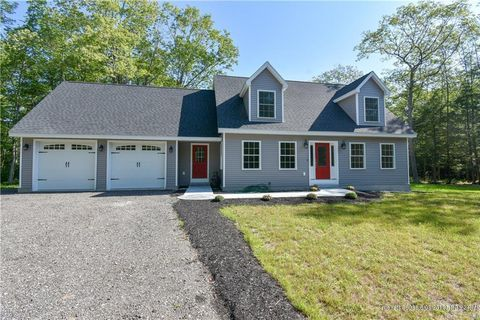 Photo of 137 Harpswell Harbor Pl, Harpswell, ME 04079