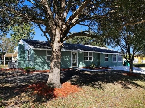 photo of 542 lakemont ave nw, port charlotte, fl 33952  house for sale