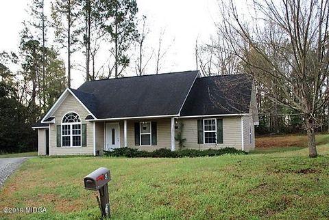 Photo of 144 Wedgewood Ct, Sandersville, GA 31082