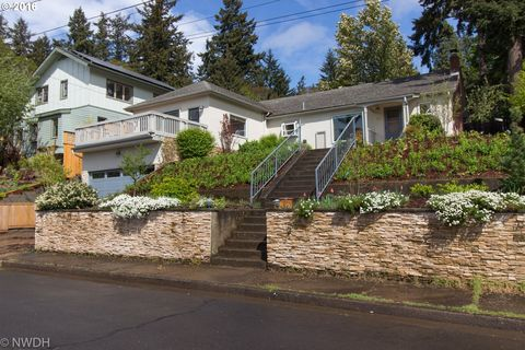 2655 University St, Eugene, OR 97403