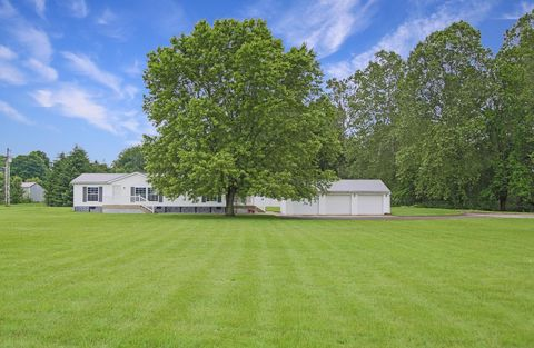 Photo of 12084 Bryant Rd, Mount Vernon, OH 43050
