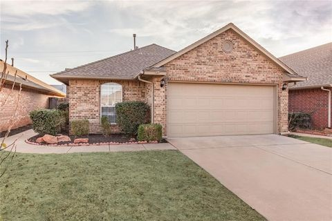 Exceptional 1232 Nw 138th St, Edmond, OK 73013