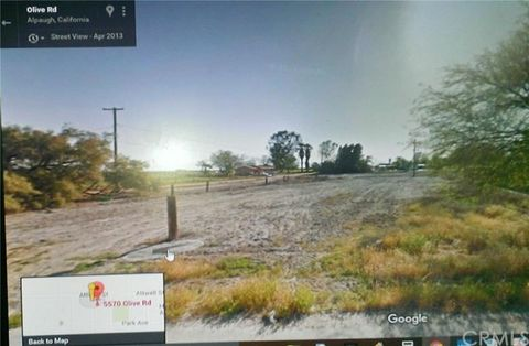 5590 Olive Ave, Tulare, CA 93201