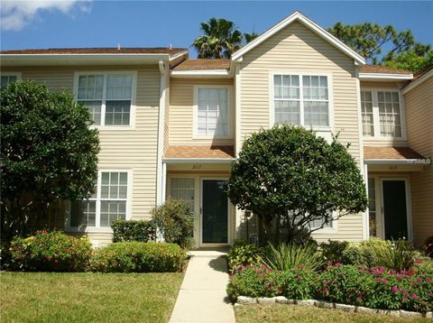 Photo of 2117 Clover Hill Rd, Palm Harbor, FL 34683