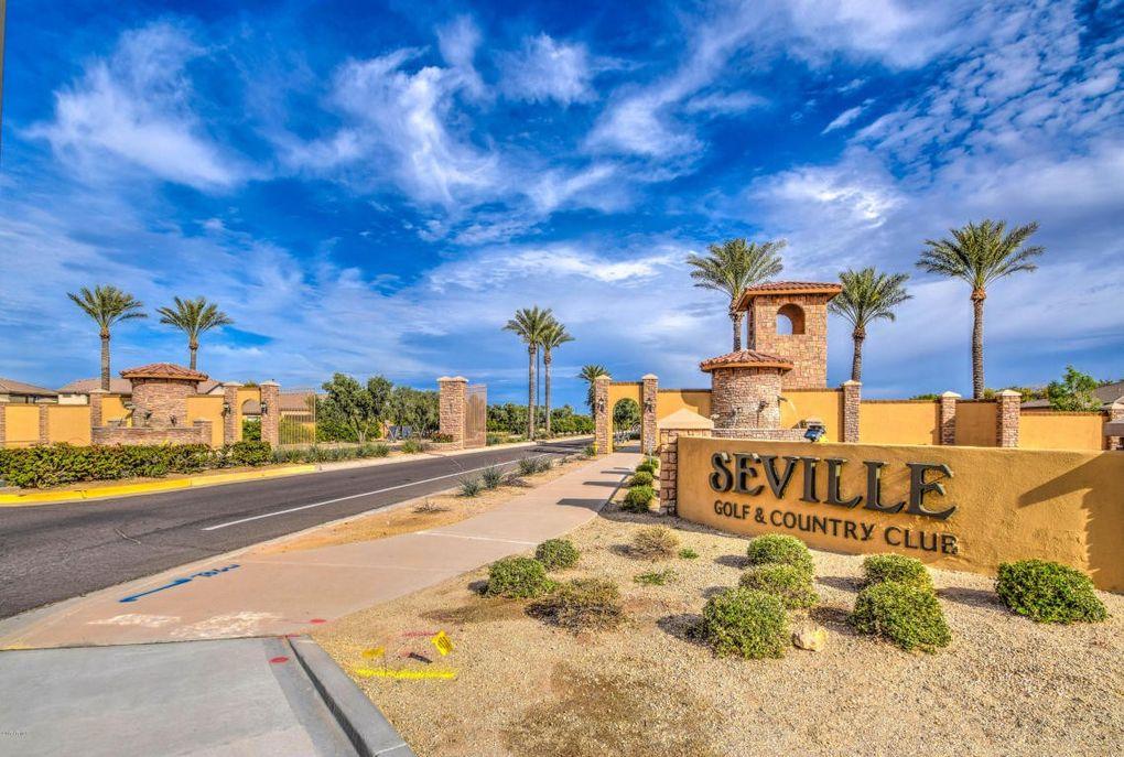 4034 E Clubview Ct, Gilbert, AZ 85298