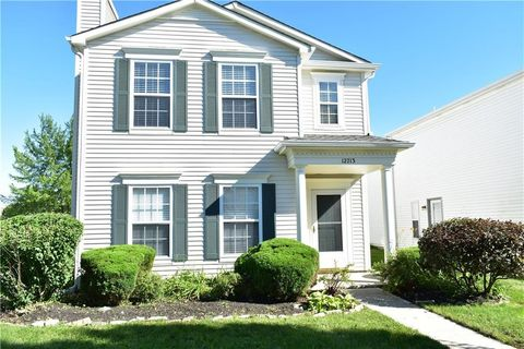 Photo of 12713 Loyalty Dr, Fishers, IN 46037