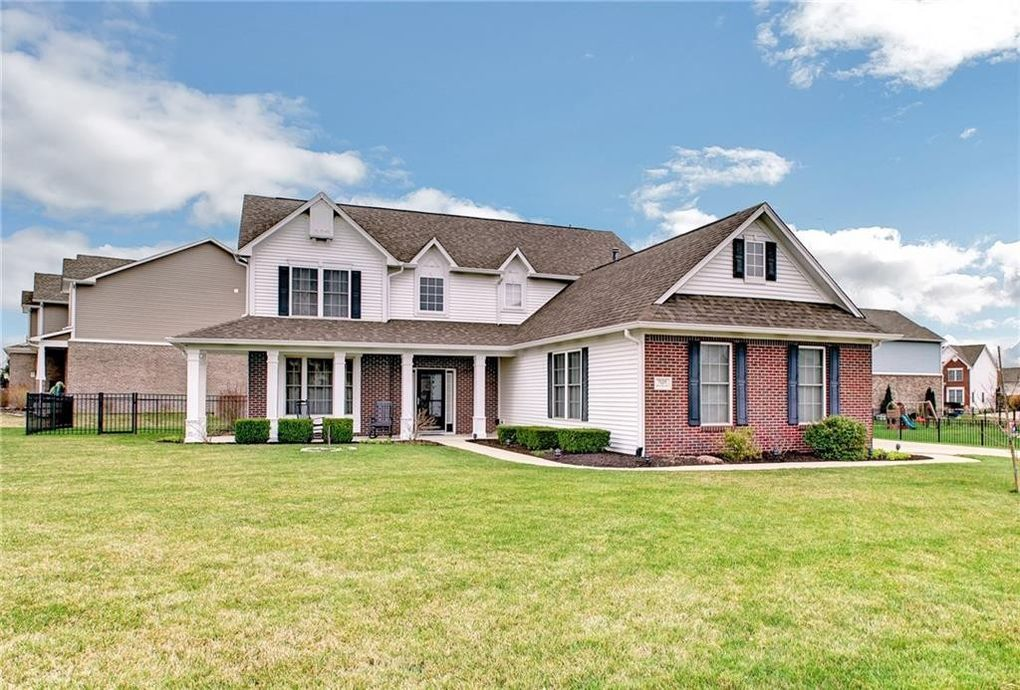 7125 Stones River Dr Indianapolis, IN 46259