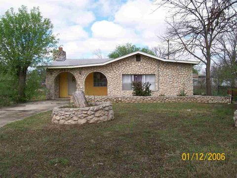 Page 6 del rio tx real estate homes for sale for Adobe home builders texas