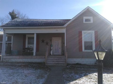 Photo of 216 W Main St, Hodgenville, KY 42748