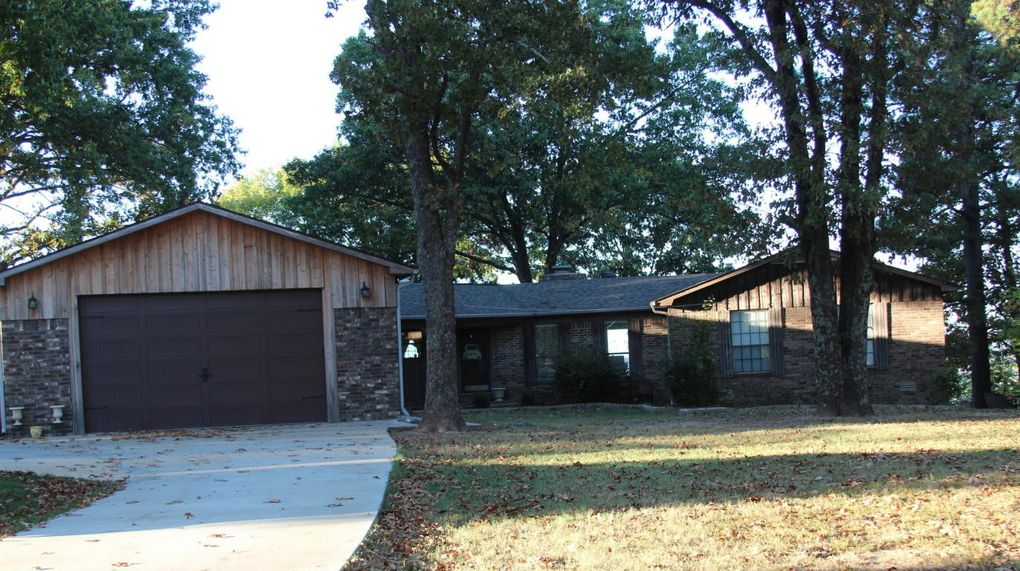 4 Riverview Rd, Batesville, AR 72501