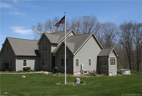 4 Baker Hill Rd, Columbia, CT 06237