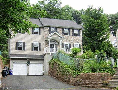 bernardsville singles Search for luxury real estate in bernardsville with sotheby's international realty view our exclusive listings of bernardsville homes and connect with an agent today.
