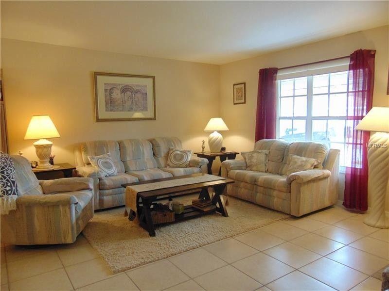 Charmant 4435 Tollefson Ave, North Port, FL 34287