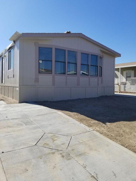 1550 20th St W Spc 54, Rosamond, CA 93560