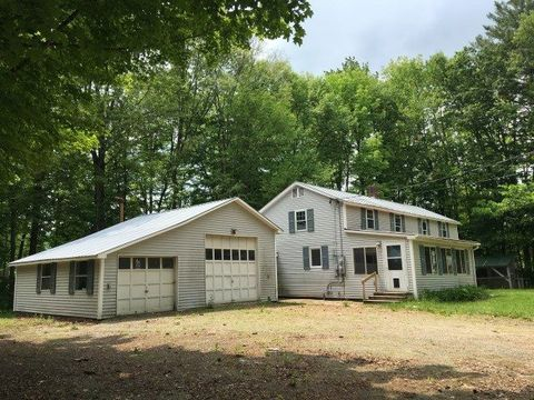 Photo of 149 Lawrence Farm Rd, Weathersfield, VT 05030
