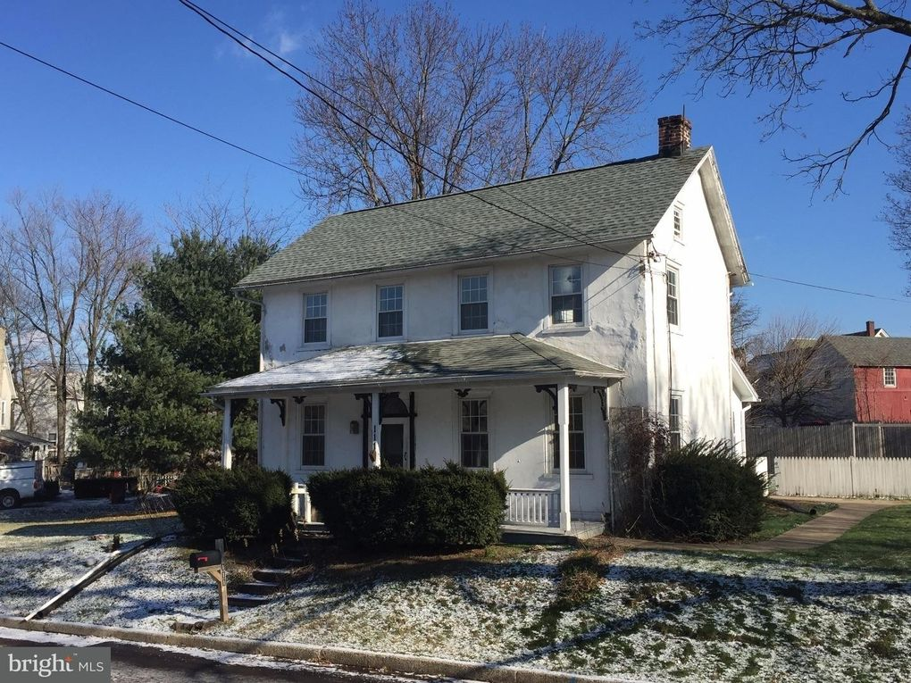 111 Middle Rd, Dublin, PA 18917