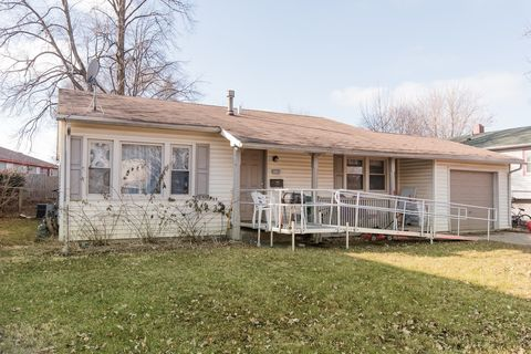 3024 Wakefield Dr, Carpentersville, IL 60110
