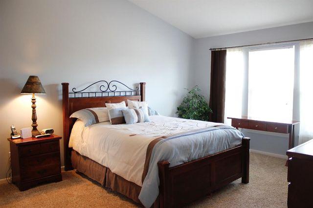 6773 Mossy Rock Ct, Hamilton Township, OH 45039 - Bedroom
