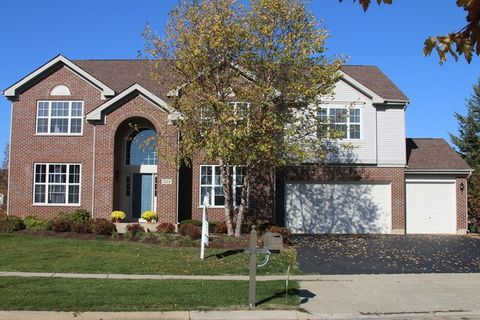 311 Waterford Ct, Mchenry, IL 60050