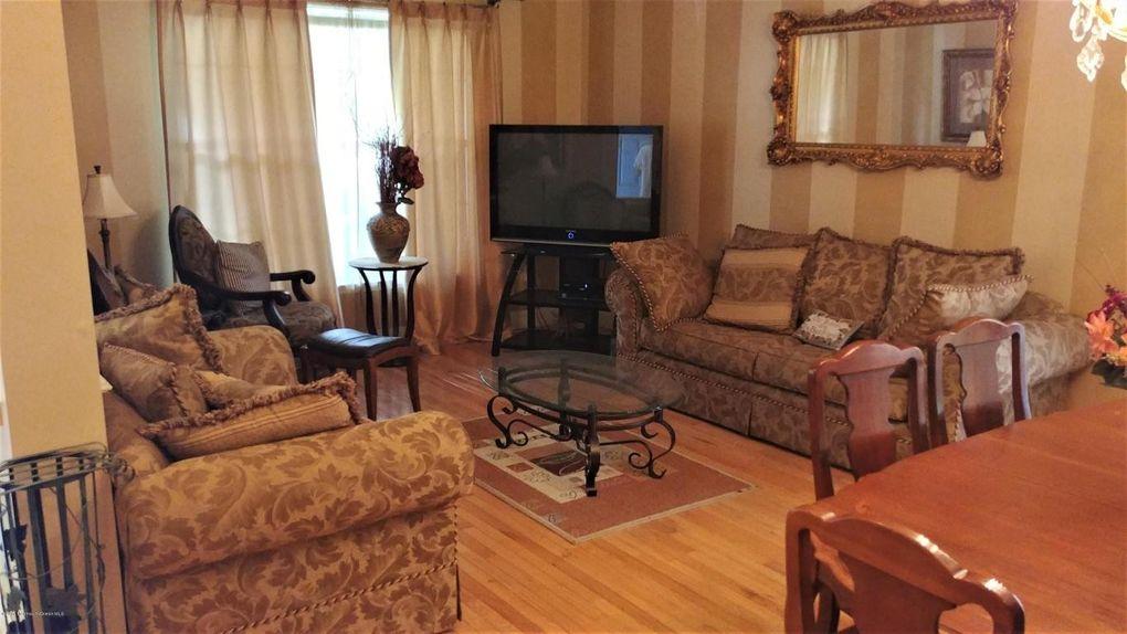 14 Springtide Rd Lakewood NJ 08701