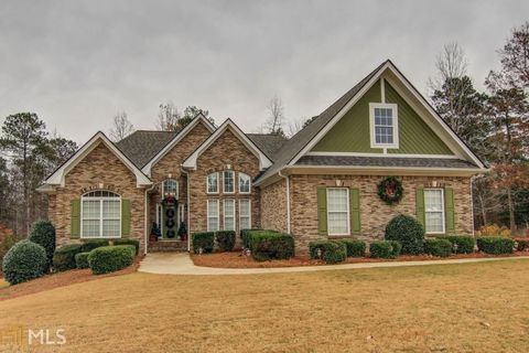 180 Clear Spring Ln, Oxford, GA 30054