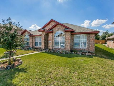 Photo of 1104 Hall Dr, Wylie, TX 75098