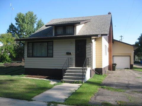 123 2nd Ave E, Hunter, ND 58048