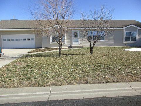 Photo of 322 Willow Ave, Oakley, KS 67748