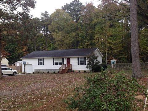 303 Browns Ln, York County, VA 23690