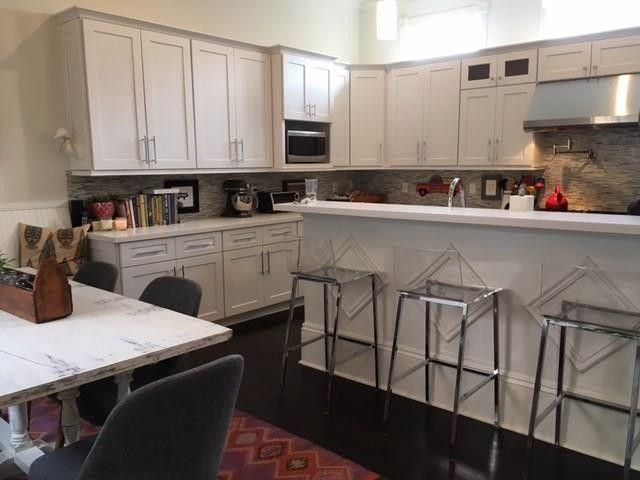 1028 bordeaux st new orleans la 70115 for Kitchen design 70115