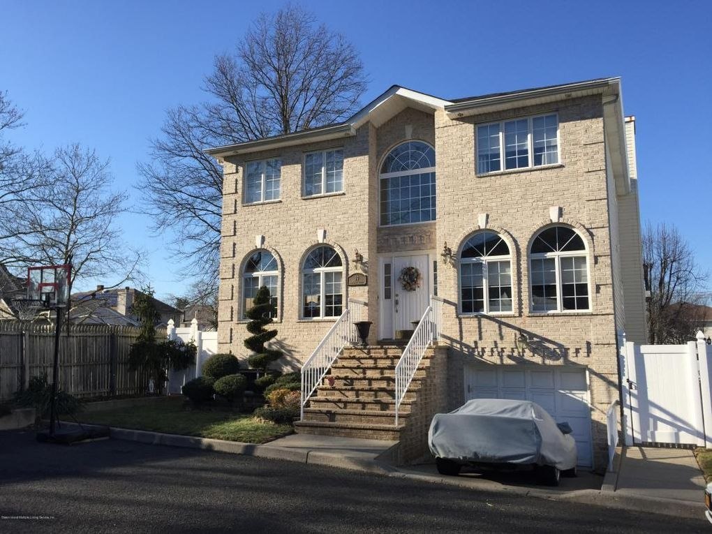 Volpe Real Estate Staten Island