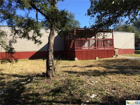 386 Caribou Dr, Spring Branch, TX 78070