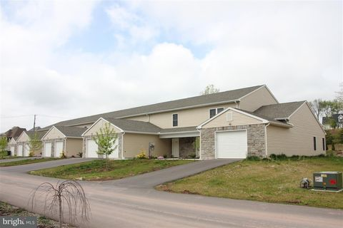 Photo of 167 Natures Trl, Millersburg, PA 17061