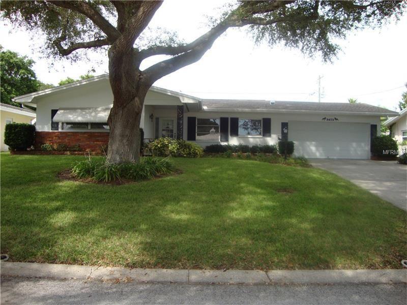 3673 Shady Bluff Dr Largo, FL 33770