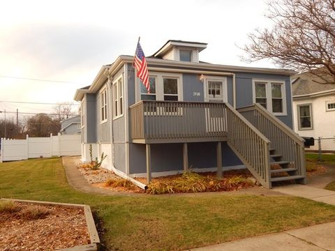 2500 Wood St, River Grove, IL 60171