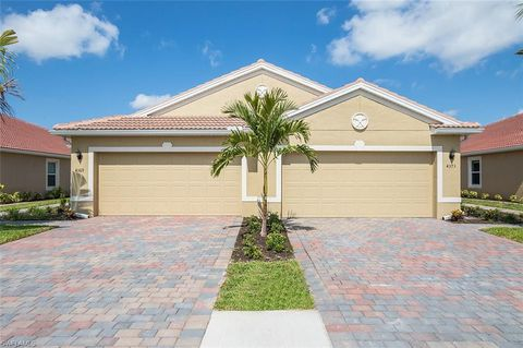 Photo of 4373 Dutchess Park Rd, Fort Myers, FL 33916
