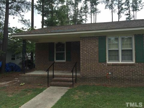 22 B N Sussex Dr, Smithfield, NC 27577