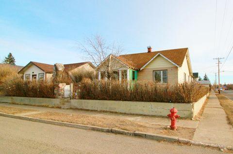 37 3rd Ave Sw, Cut Bank, MT 59427