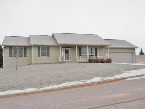 430 N Lawrence Ave, Tomah, WI 54660