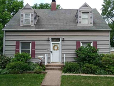 Photo of 507 N Clay St, West Liberty, IA 52776