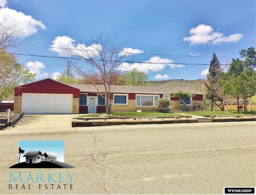 1518 Colorado St Rawlins, WY 82301